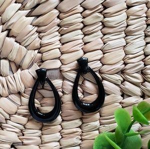 🎄 2/$10 Vintage Black Drop Earrings